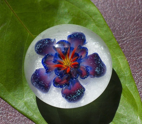 Plumb Flower Glass Weight