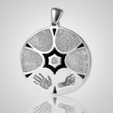Family 6 Print 14k White Gold Keepsake