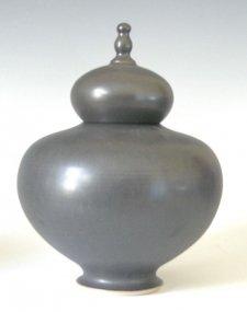 Pestigo Ceramic Pet Cremation Urn