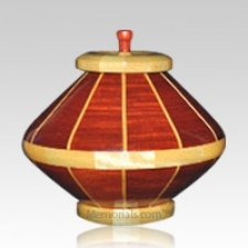 Red River Medium Wood Urn