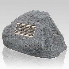 Distinction Pet Memorial Rock