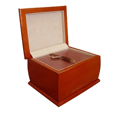 Classica Wood Chest Cremation Urn