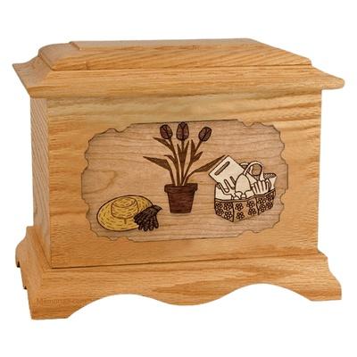 Gardening Oak Cremation Urn
