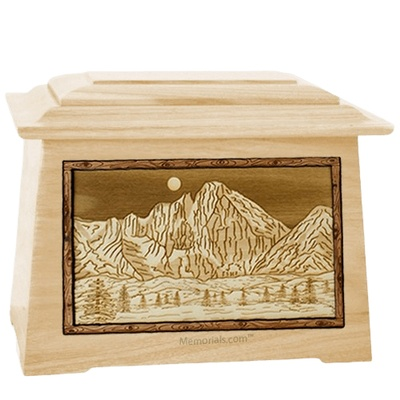 Longs Peak Maple Aristocrat Cremation Urn
