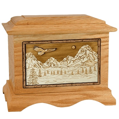 Mount Splendor Oak Cremation Urn