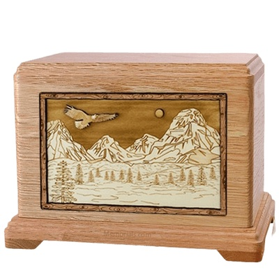 Mount Splendor Oak Hampton Cremation Urn