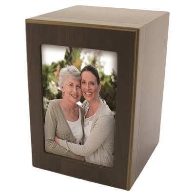 Picture Wood Urn