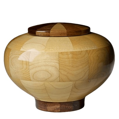 Rioblanco Large Wood Urn