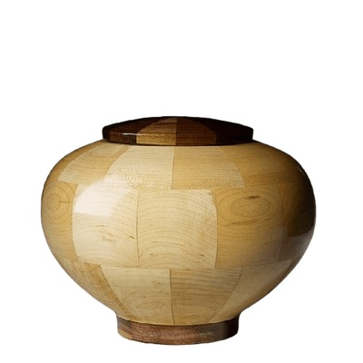 Rioblanco Medium Wood Urn